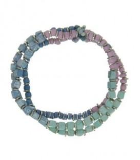 Blauw gekleurde armband op elastiek met kralen