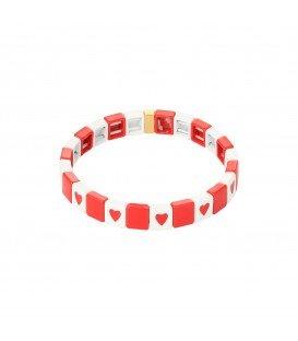Rode kleurijke armband van metalen kralen met als afbeelding een hartje
