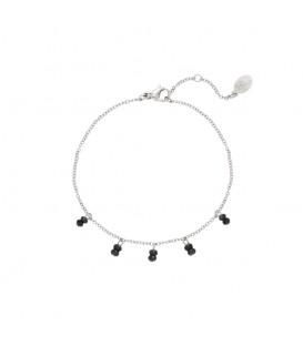 Zilverkleurige armband met vijf keer twee kleine zwarte kraaltjes