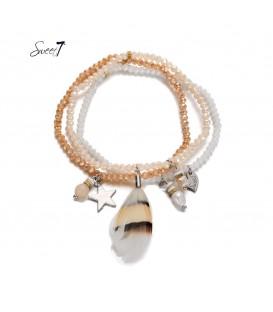 set van drie oranje,elastische armbandjes met verschillende bedeltjes