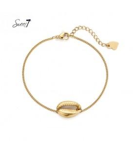 Goudkleurig armbandje met een schelp