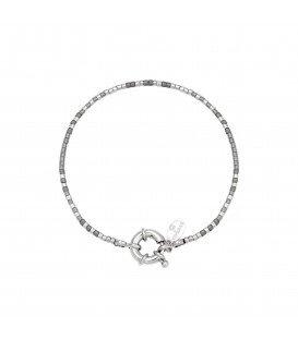 armband met zilverkleurige en grijze kraaltjes met veerring