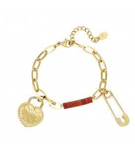 goudkleurige schakelarmband met twee bedels en rode kraaltjes