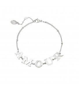 zilverkleurige armband met amour tekst als bedels en zirkonia steentjes