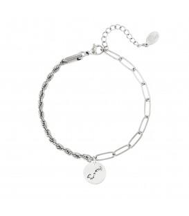 zilverkleurige armband met sterrenbeeld schorpioen
