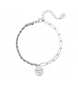 zilverkleurige armband met sterrenbeeld steenbok